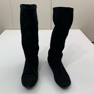 RSVP 5M suede boots flat black
